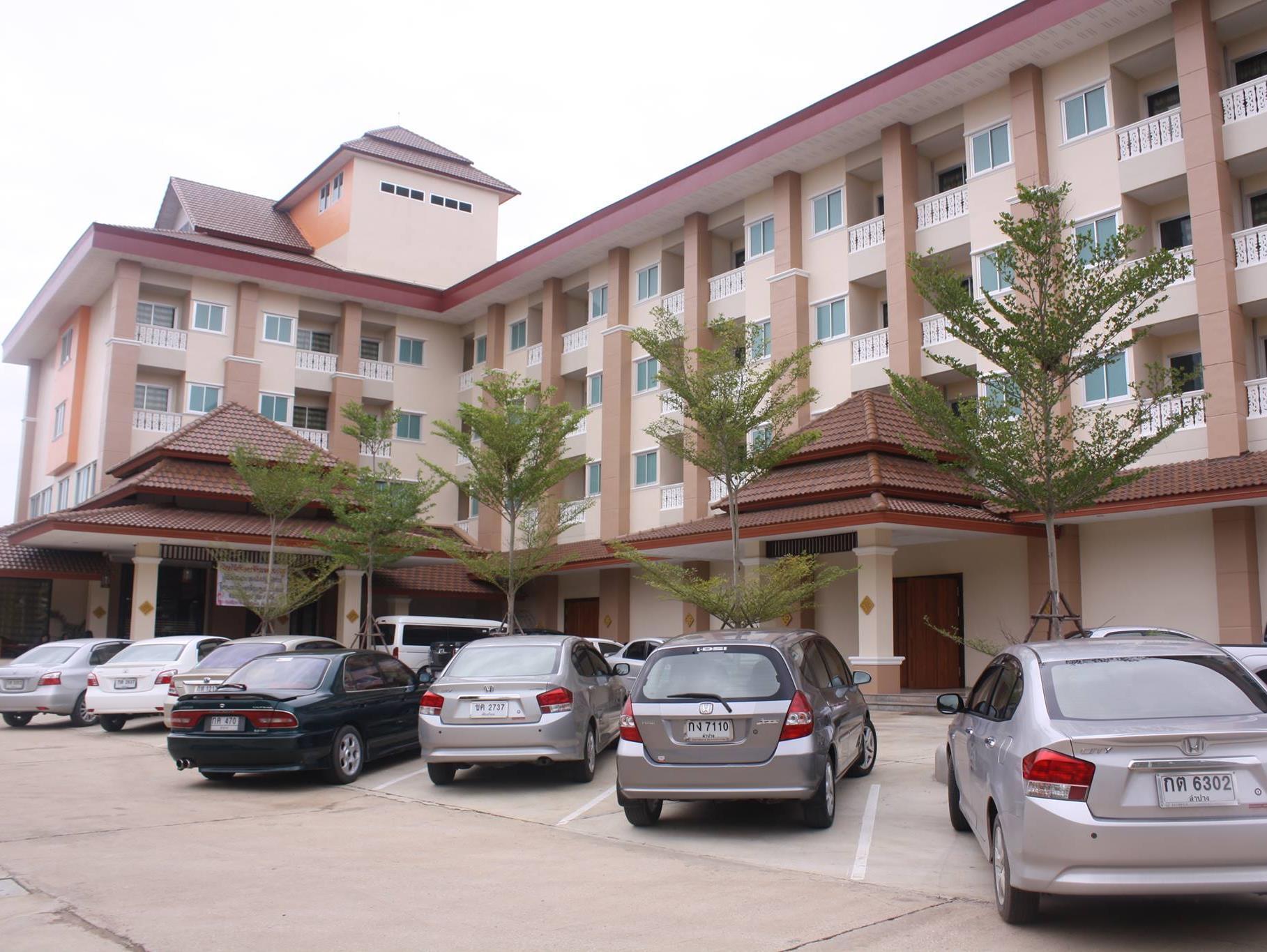 Butnamtong Hotel, Muang Lampang