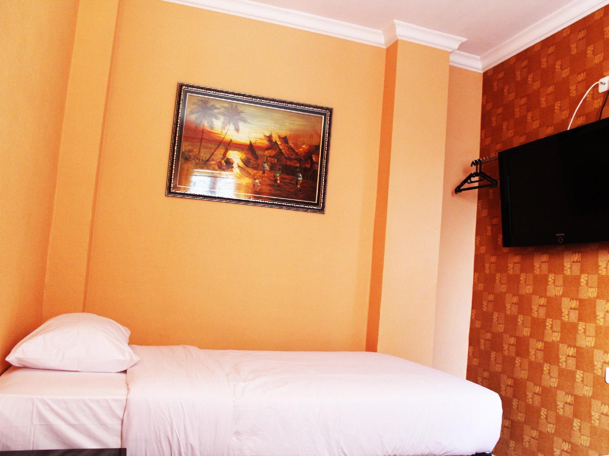 Twins Hotel, Jakarta Barat