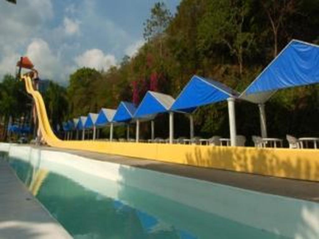 Best Price On Splash Mountain Resort Amp Hotel In Los Ba 241 Os
