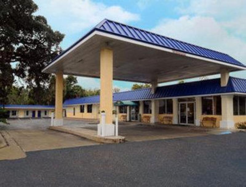 Days Inn by Wyndham Silver Springs/Ocala East