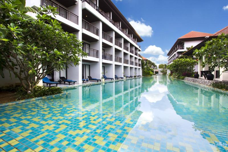 D Varee Mai Khao Beach Phuket Resort