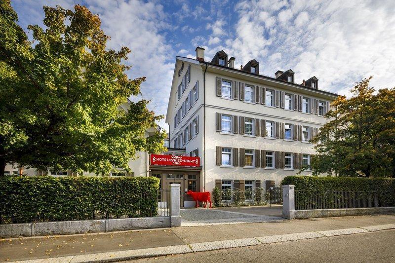 法斯拜瑞士之夜飯店