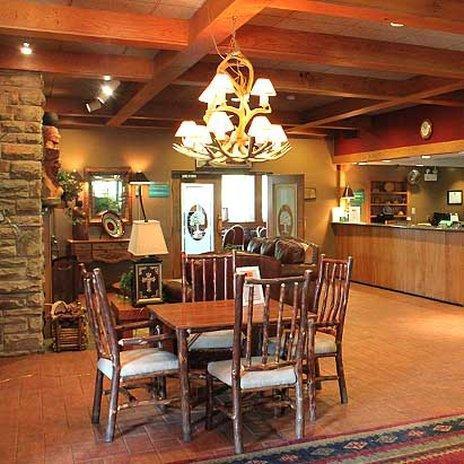 Chestnut Tree Inn - Cherokee, Swain