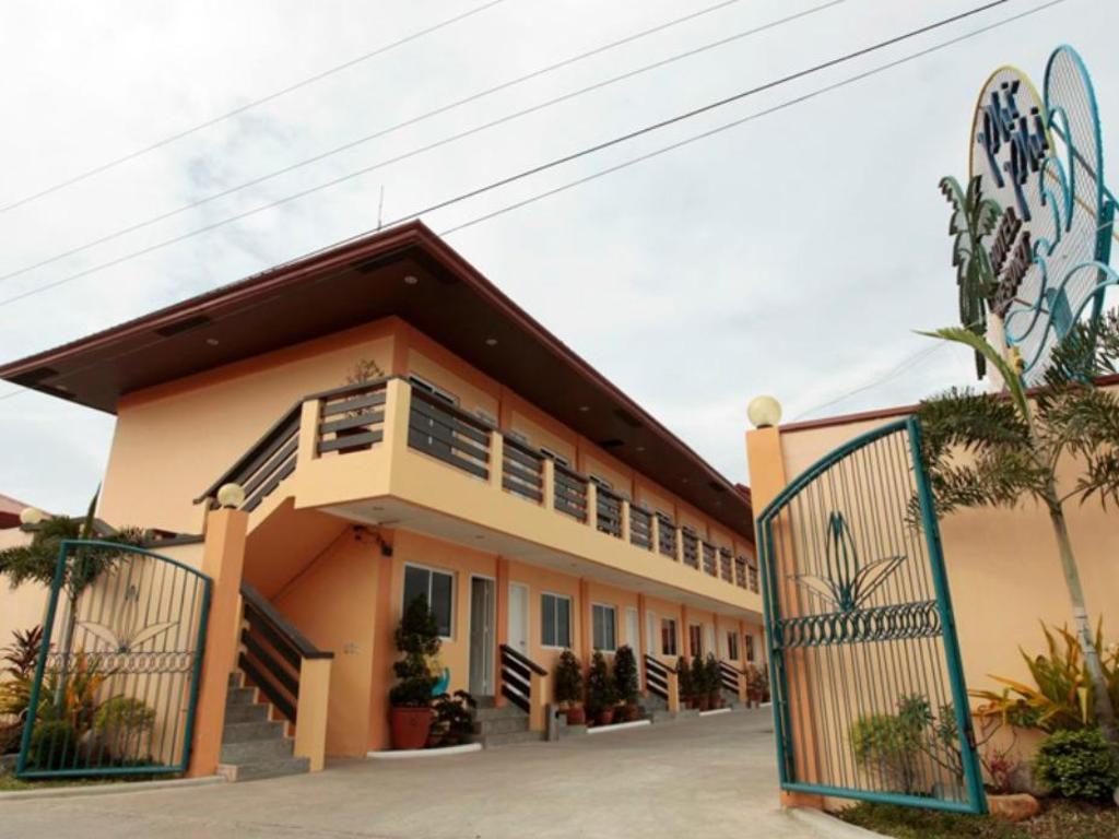 Phi Phi Beach Resort Bataan Reviews
