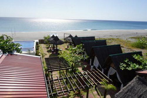 Westwind Beach Resort, Morong