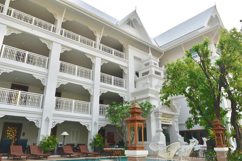 White Boutique Hotel and Spa