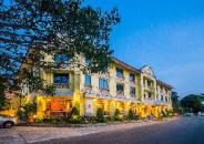 Horseshoe Point Resort & Country Club