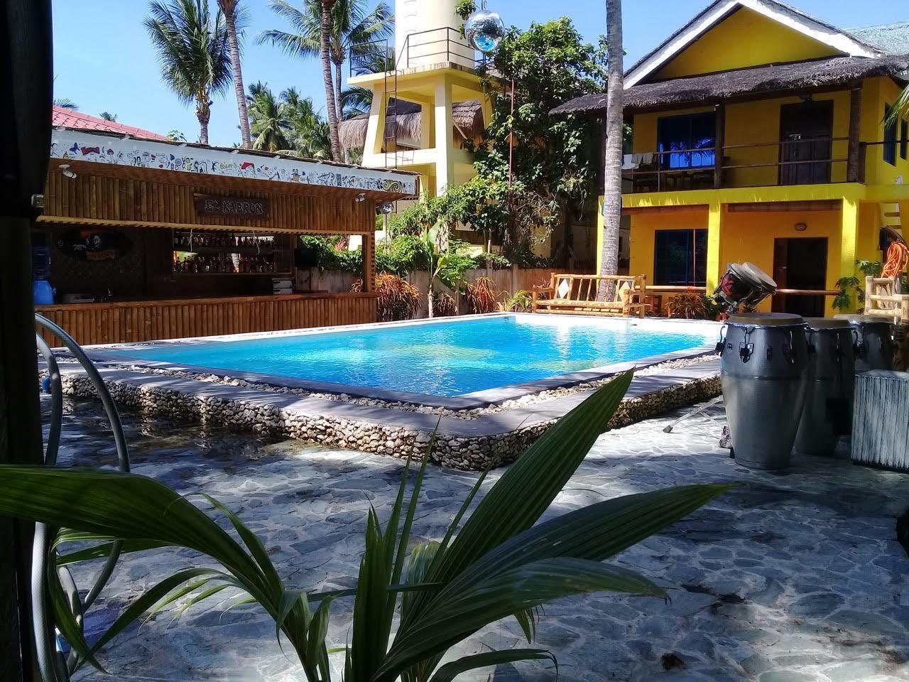 Apo Diver Beach Accomodation, San Juan