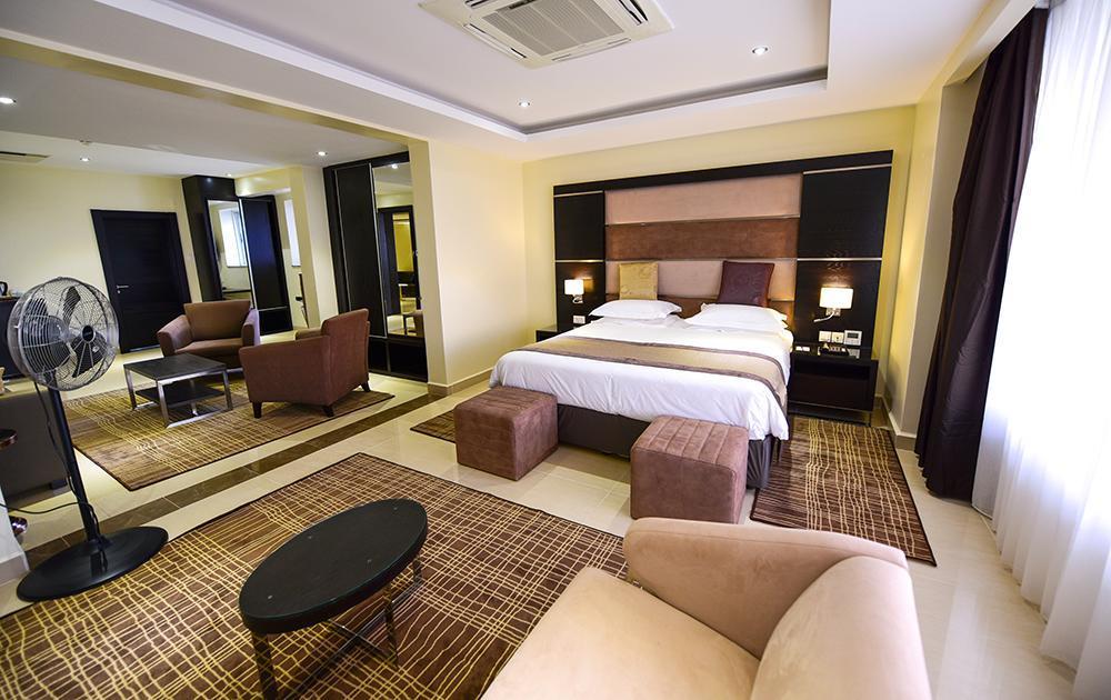 Skyz Hotel, Kampala