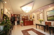 Khách sạn Full Moon
