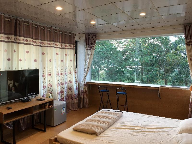 Nhà mặt đất 280 m² 8 phòng ngủ, 7 phòng tắm riêng ở Quảng Ngãi