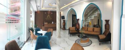 Phuong Dong Hotel & Apartment