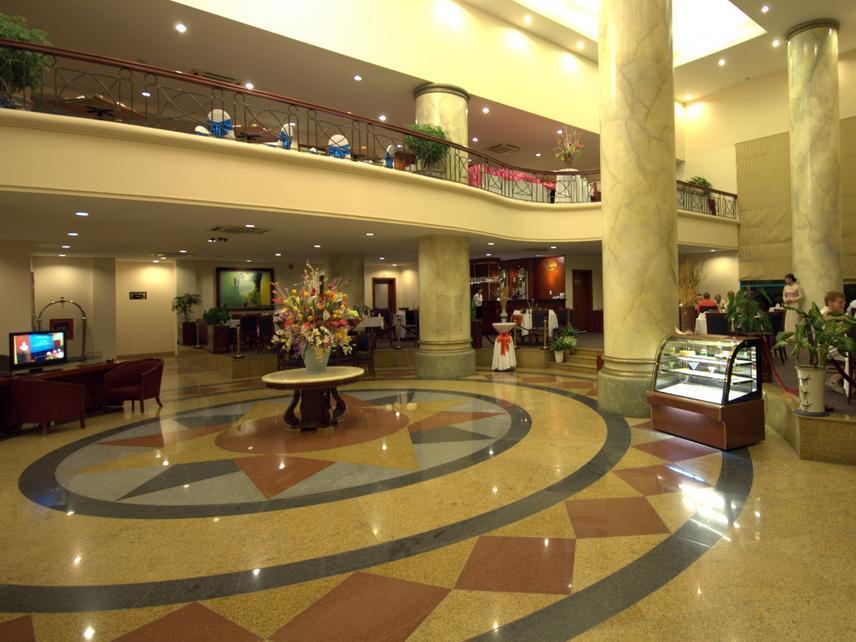 Khách sạn Mithrin Hạ Long