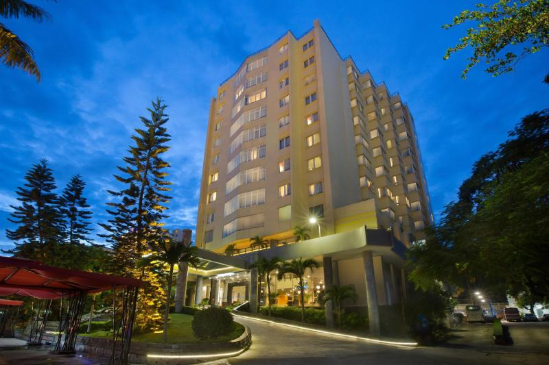 Halong Pearl Hotel