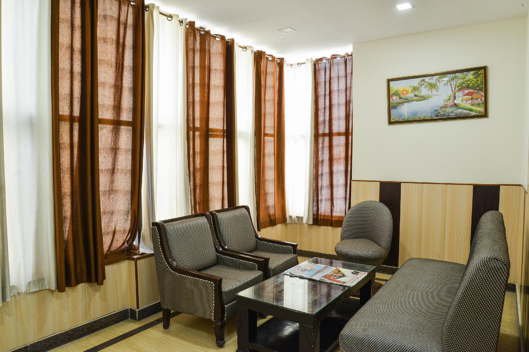 OYO 5334 Hotel Jindal Palace, West
