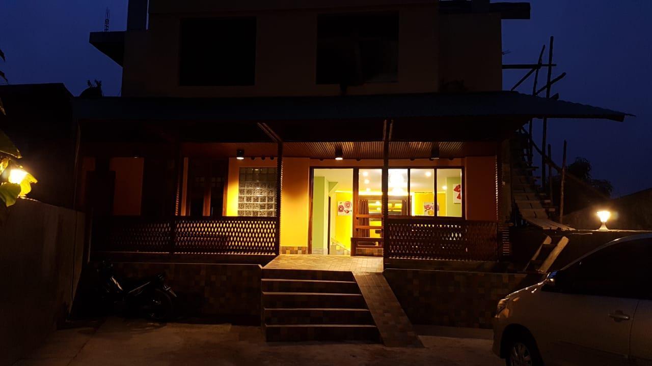 Centro Ruteng Hostel,Ruteng
