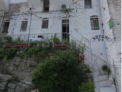 Bed and Breakfast Kotoni, Gjirokastrës