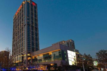 Отель Sheraton Grand Wuhan Hankou