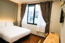 2# Lux Rooms Night Bazaar - Double Bed Studio