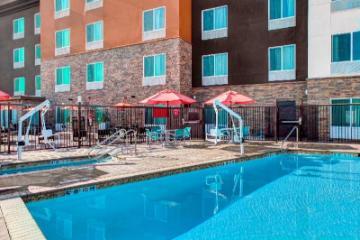 西貝克斯菲爾德TownePlace Suites酒店