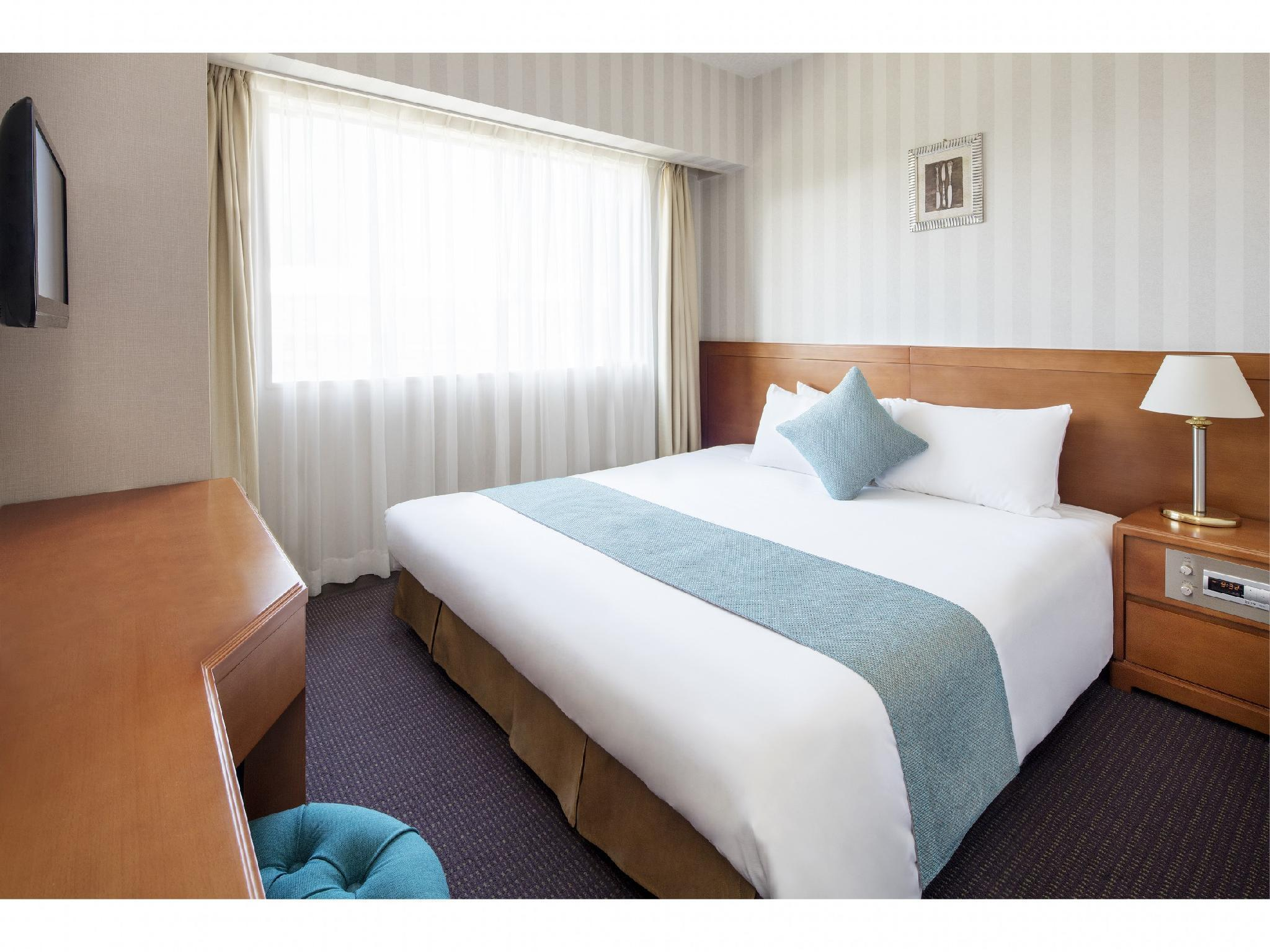 Hotel Francs, Chiba