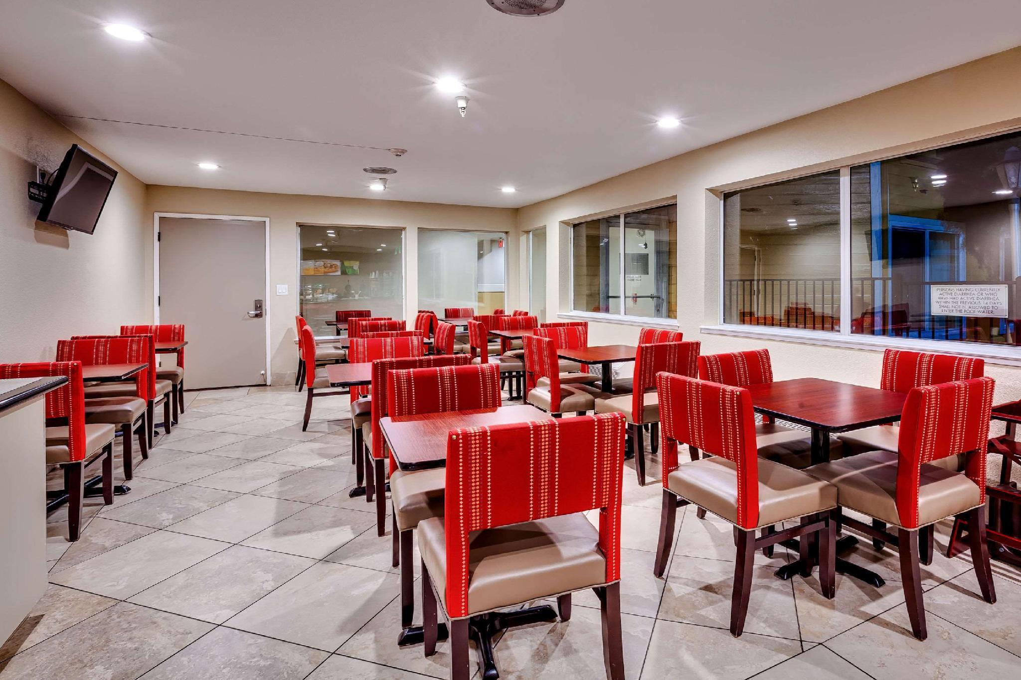 Quality Inn, Solano