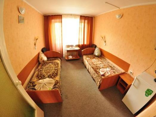 Bryansk Hotel, Chernihivs'ka