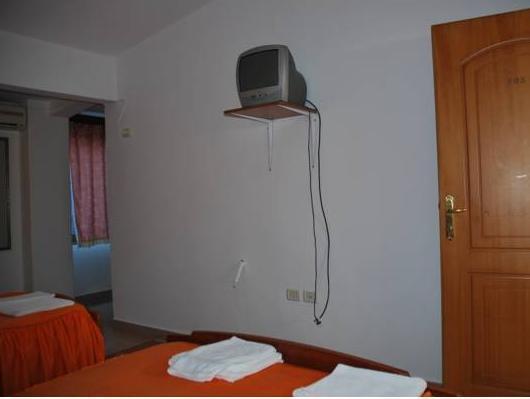 Berati Hotel, Beratit