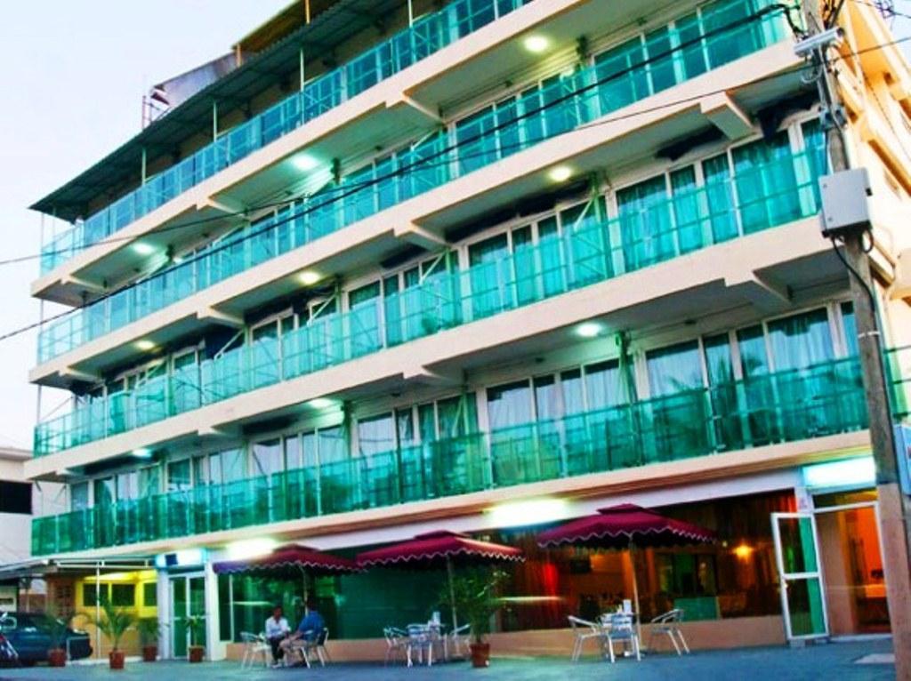 Hypertek Hotel,