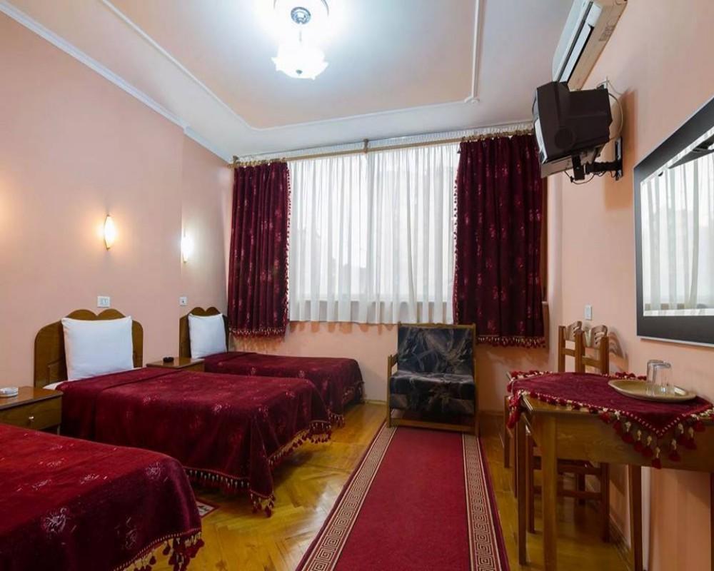 Kocibelli Hotel, Korçës