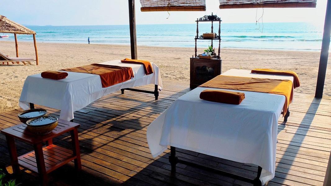 The Palm Beach Resort, Bassein