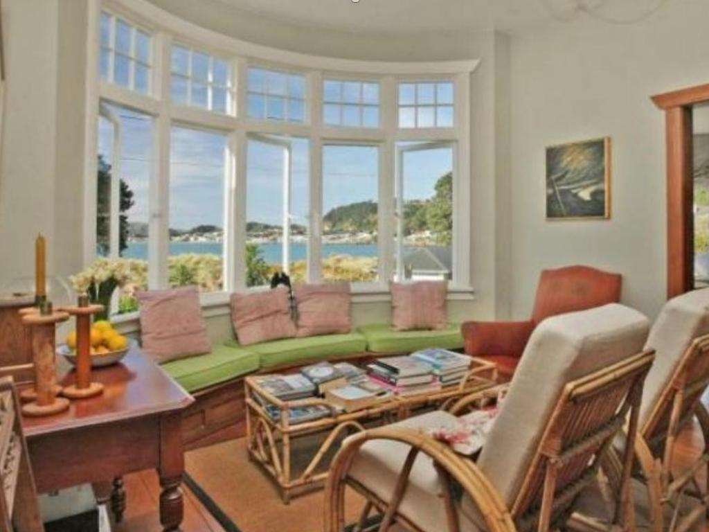Best Price On Beachfront Wellington Bed And Breakfast In Wellington   Reviews