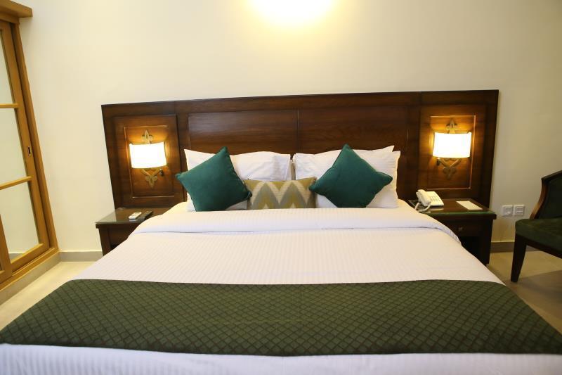 Dreamworld Resort, Hotel & Golf Course, Karachi