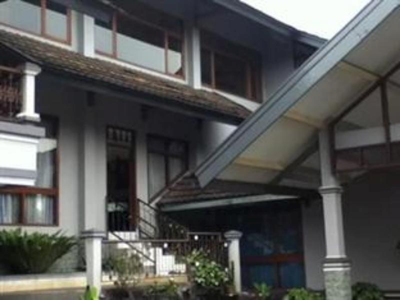 Villa Octavia Lembang, Bandung