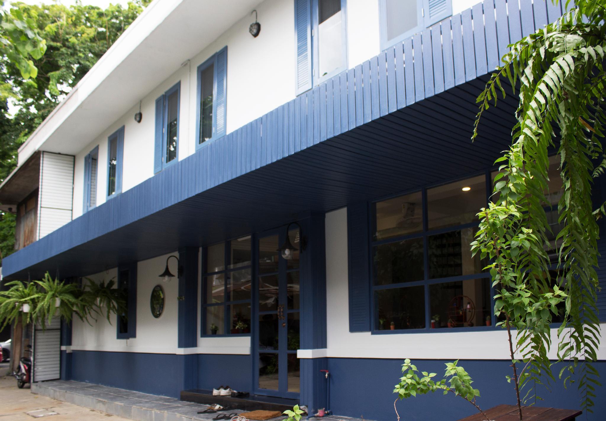 Visut House, Pom Pram Sattru