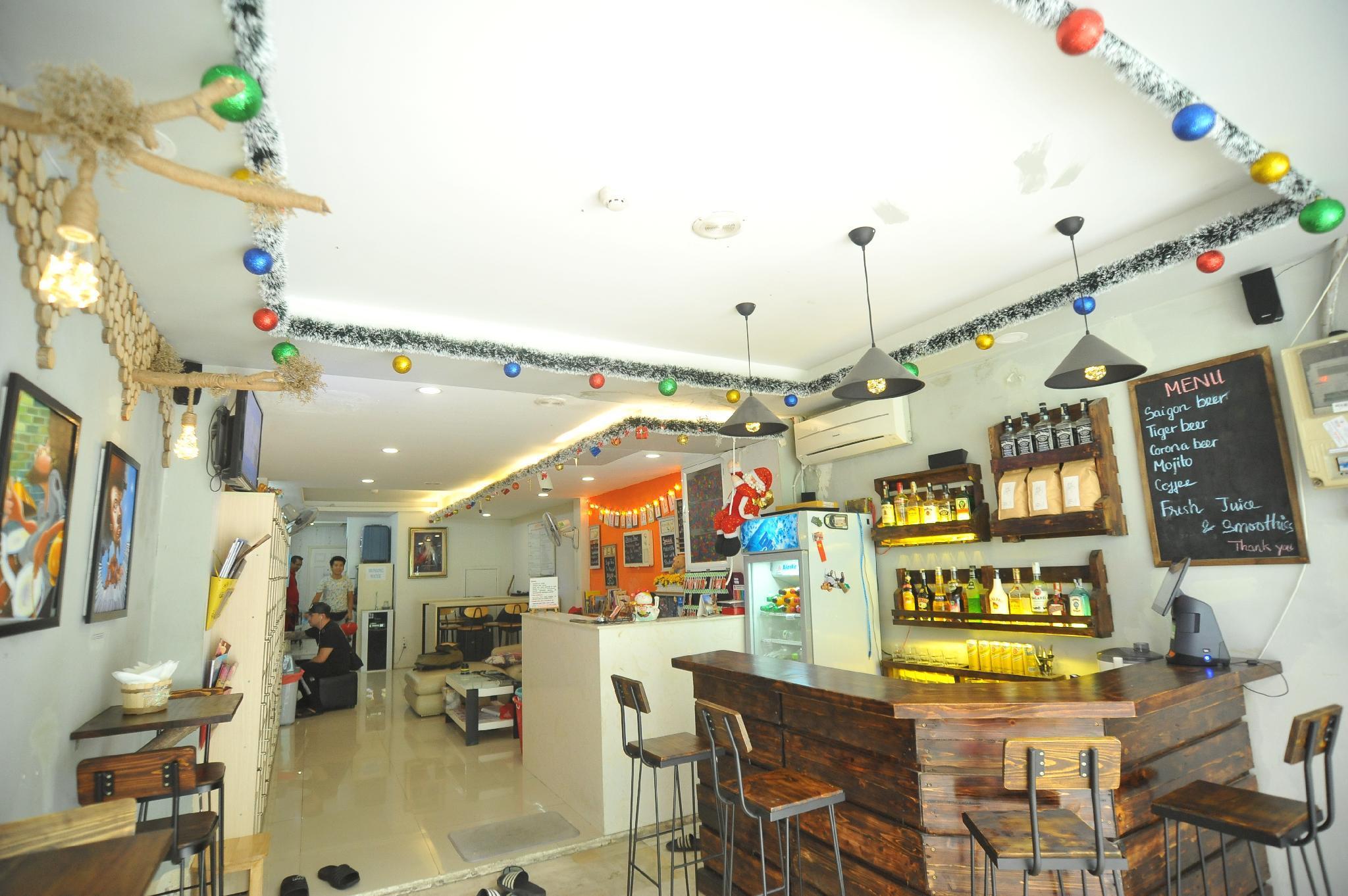 Khách Sạn Con Nhộng Hồ Chí Minh