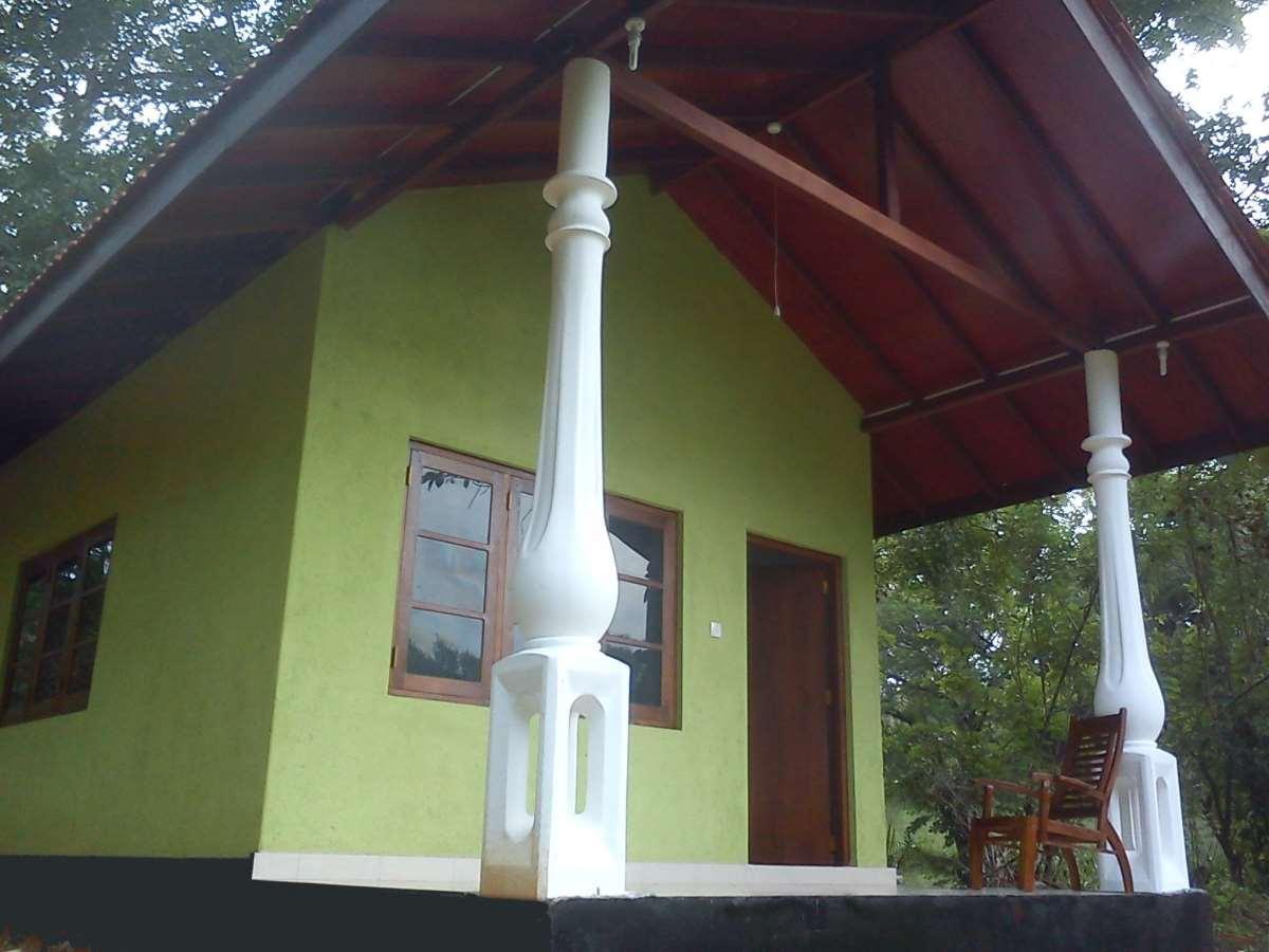 Teakvilla Hotel and Restaurant, Palugaswewa