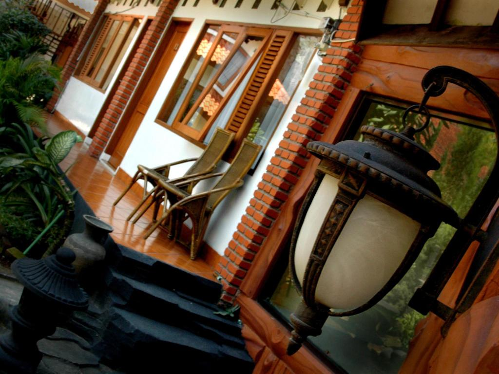 Best Price On Wisma Puri Larasati Hotel In Bandung Reviews
