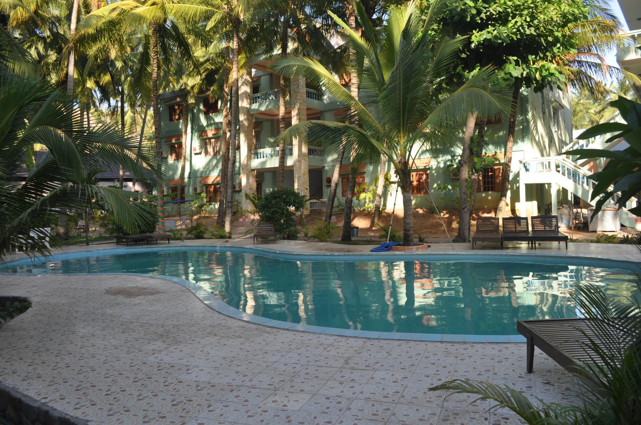 Khách Sạn Rạng Đông Mũi Né
