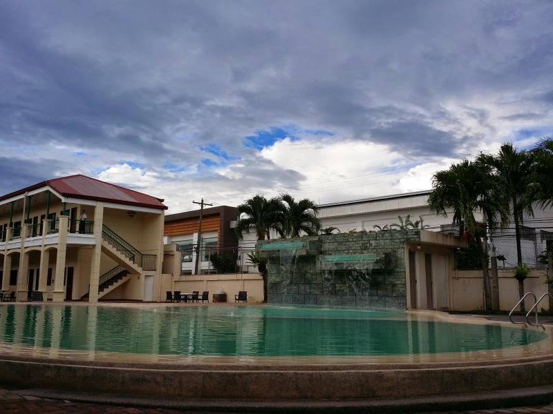 Dotties Place Hotel and Restaurant, Butuan City