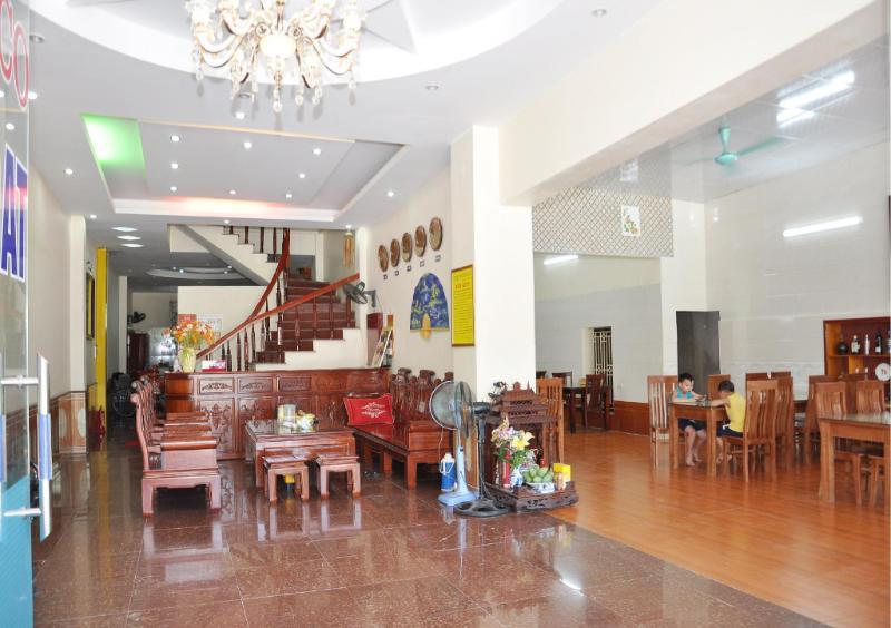 LAM DAT HOTEL