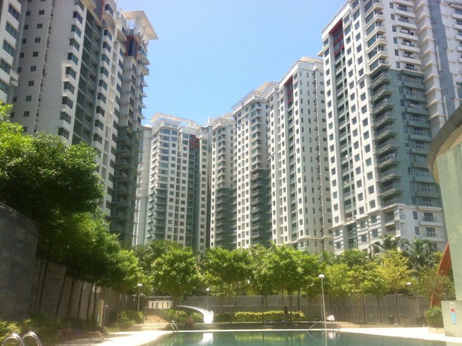 Short Stays Condominium