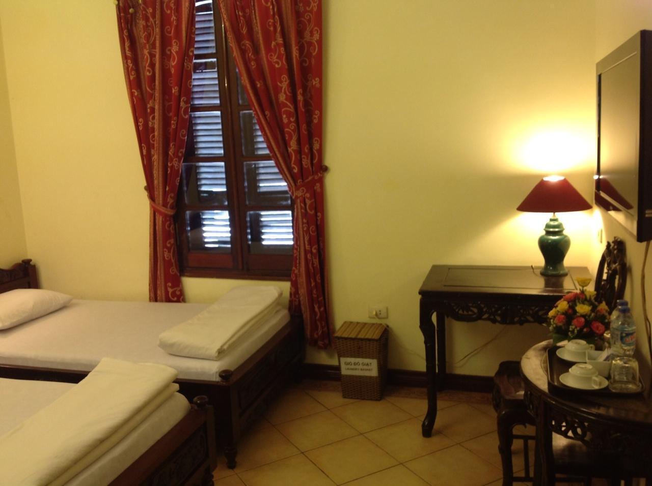 Phong Lan Hotel, Hoàn Kiếm