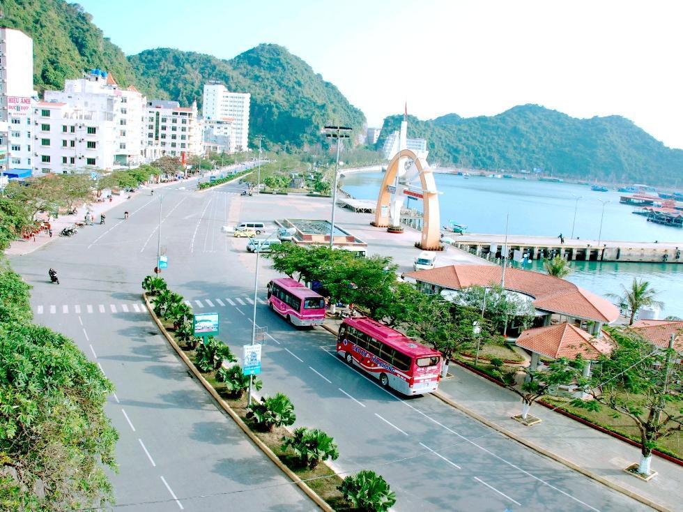 Phong Lan Hotel, Cát Hải