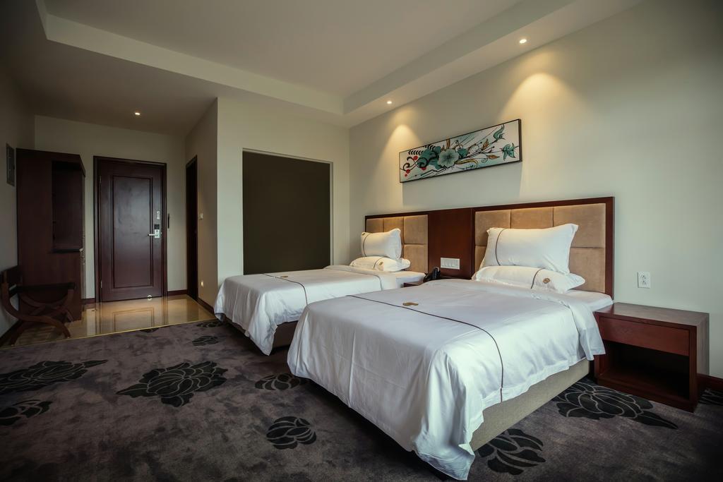 TF Seaside Hotel,