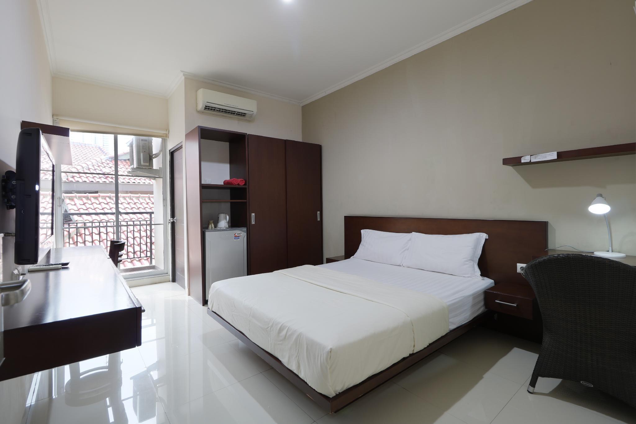 Clover Residence Near Mall Ambassador, South Jakarta