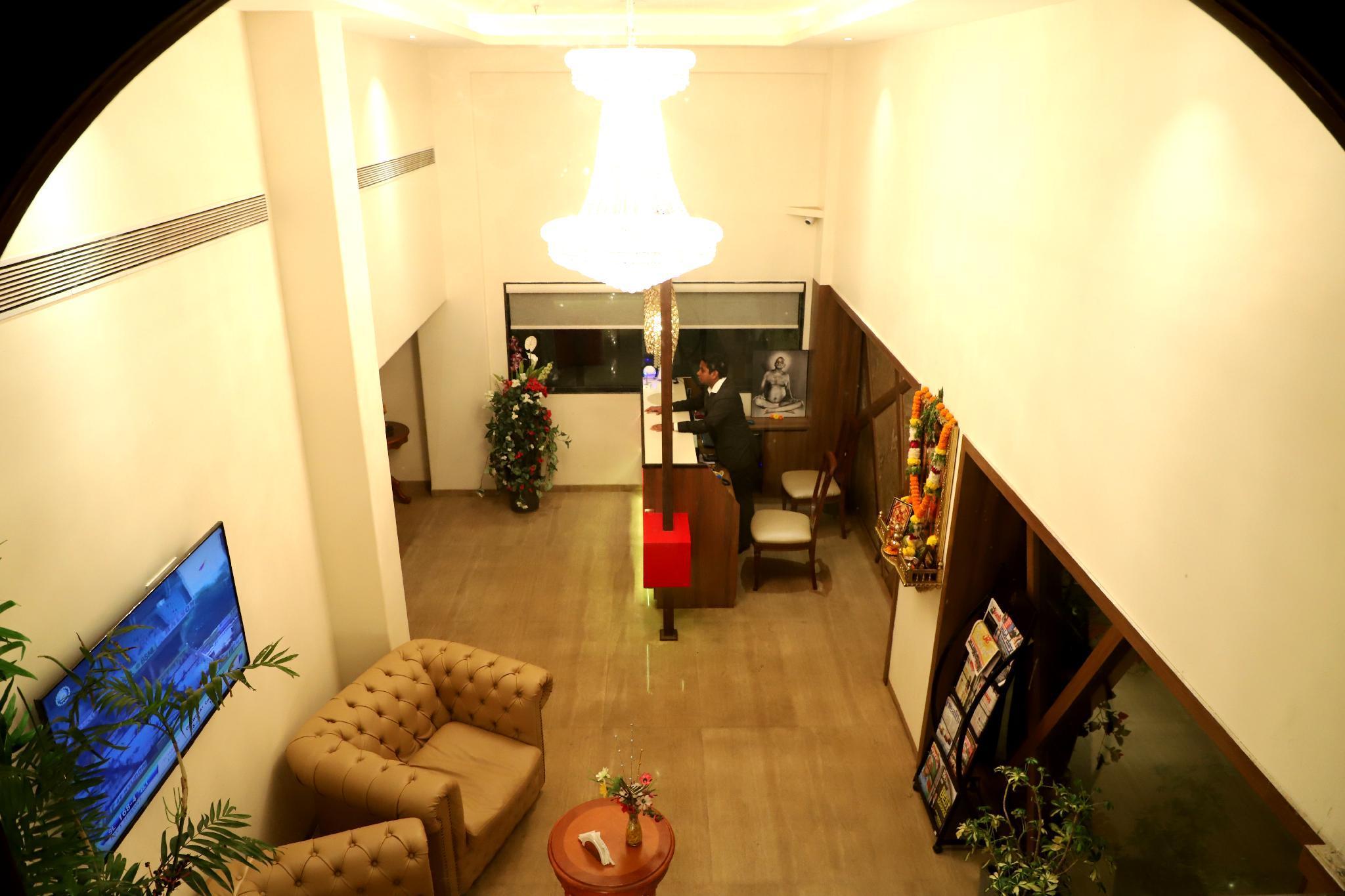 Hotel Reyansh Grand, Palghar
