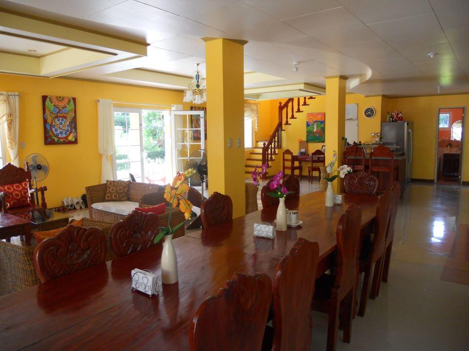 Dive Batanes Lodge, Basco