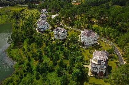 Sam Tuyền Lâm Resort