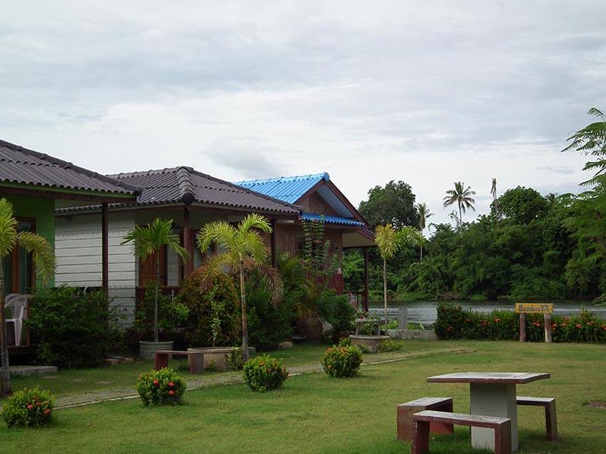 Bambooya Resort, Muang Kanchanaburi